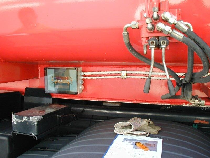 Tehtanje zabojnikov- merilni instrument