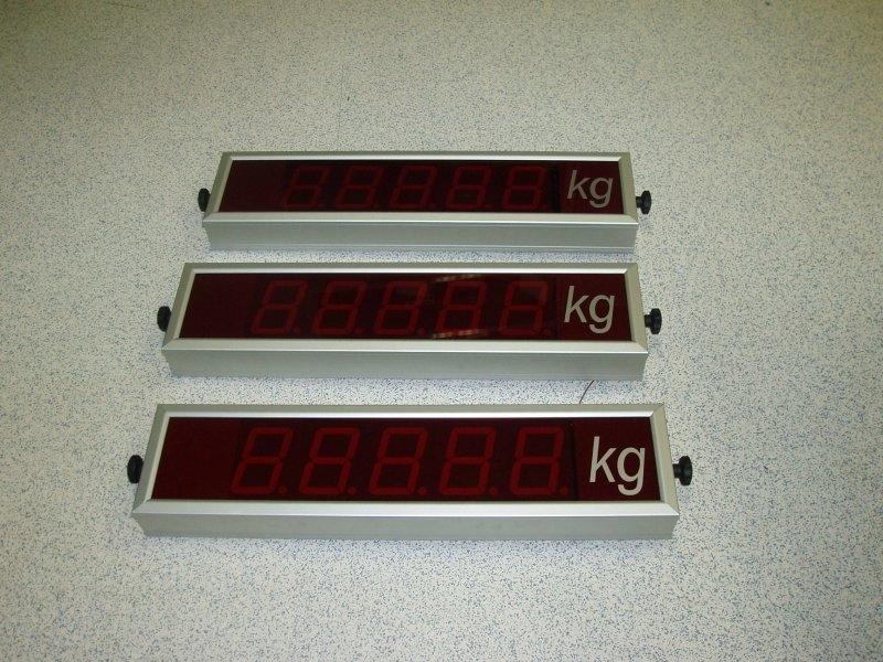 Oddaljeni prikazovalnik - visina znaka 100 mm